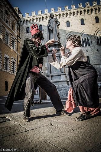 Italian theatre show in front of the Monte dei Paschi di Siena bank