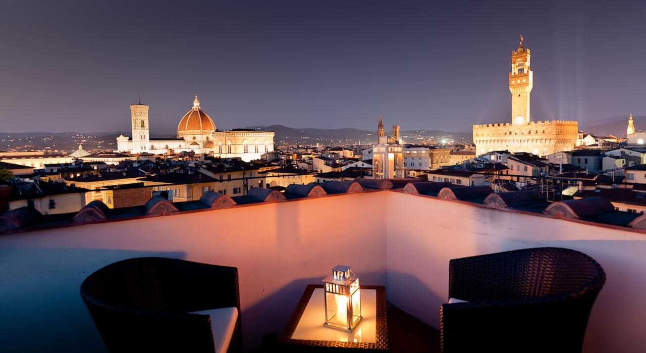 Florence - Hotel Torre Guelfa Palazzo Acciaiuoli, terrace with view