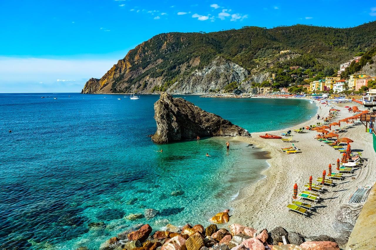 Cinque Terre - Monterosso al Mare beach