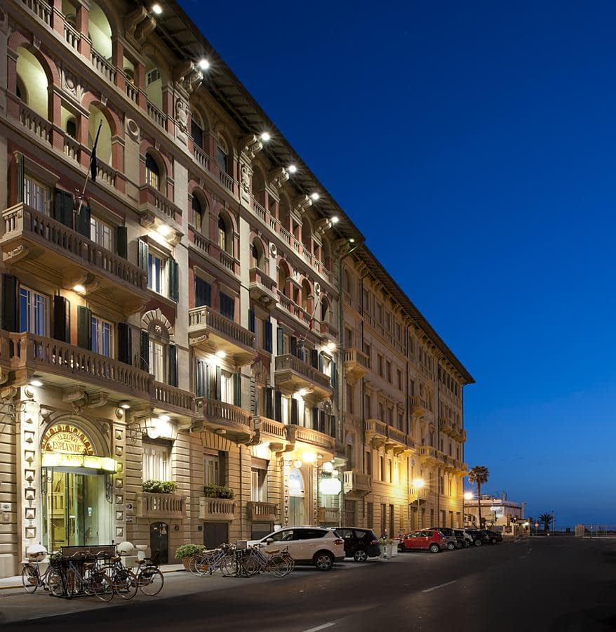 Hotel Residence Esplanade with apartments in Viareggio