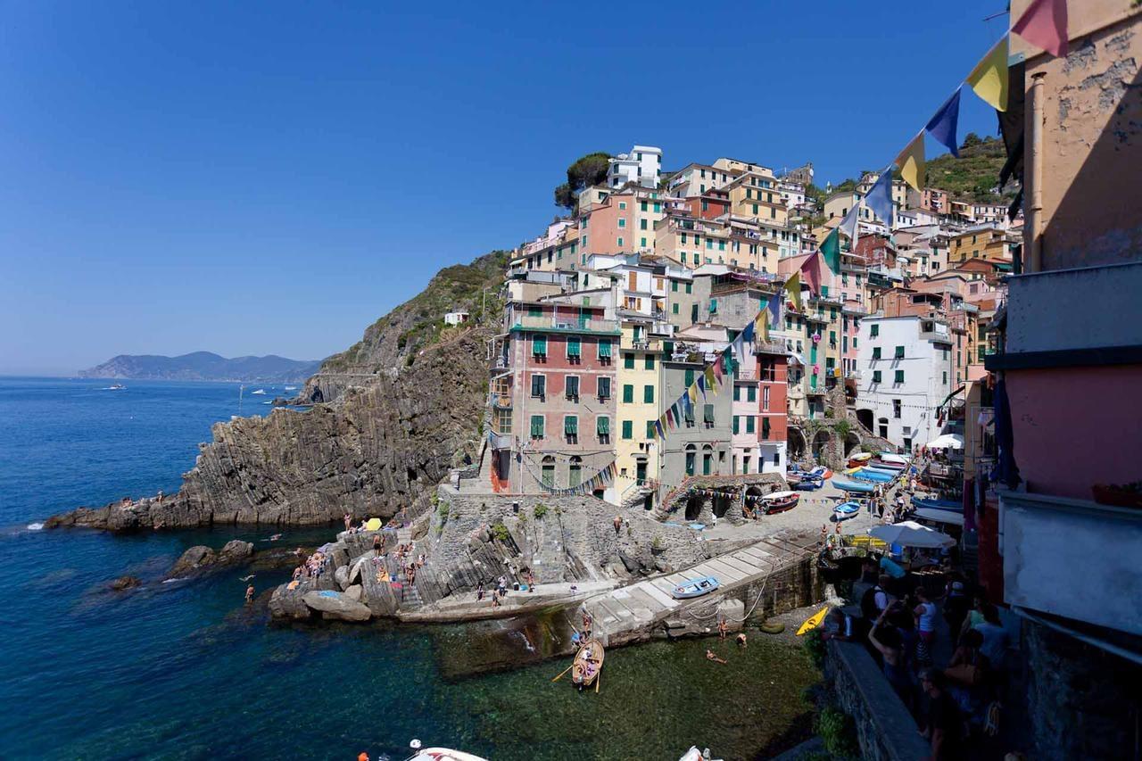 Riomaggiore - Hotel Scorci Di Mare, a view