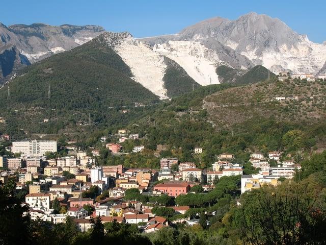 Carrara and the Apuan Alps