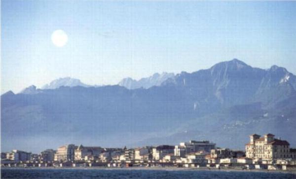 Apuan Alps seen from Viareggio