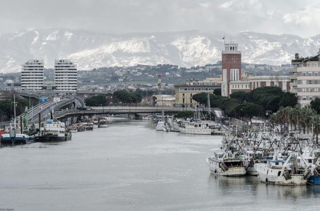 Abruzzo, Pescara River, Port, Mountains