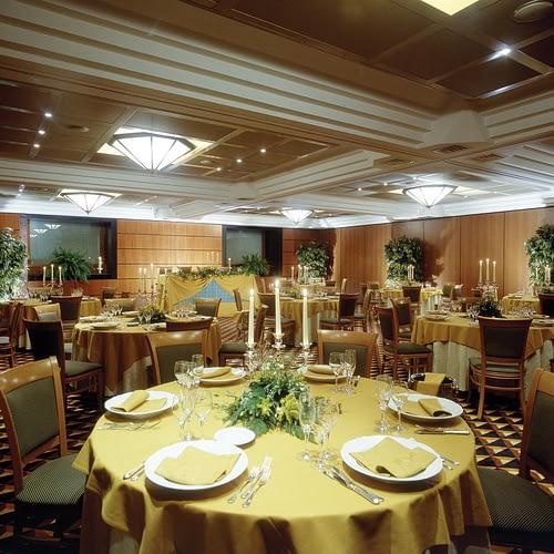 Ramada Naples Hotel